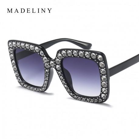 عینک مدل دار زنانه