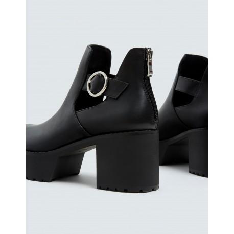 کفش پل اند بیر زنانه
