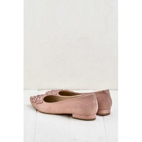 کفش رو فرشی زنانه