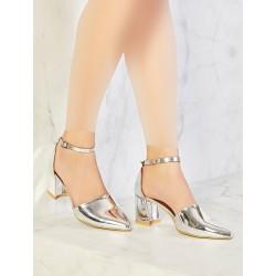 کفش پاشنه دار کوتاه زنانه