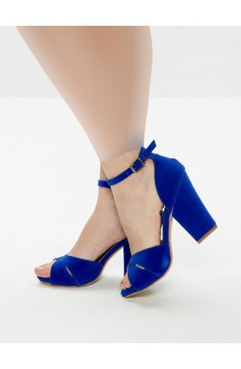 کفش پاشنه پهن مدلدار زنانه