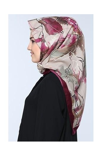 روسری طرح دار زنانه