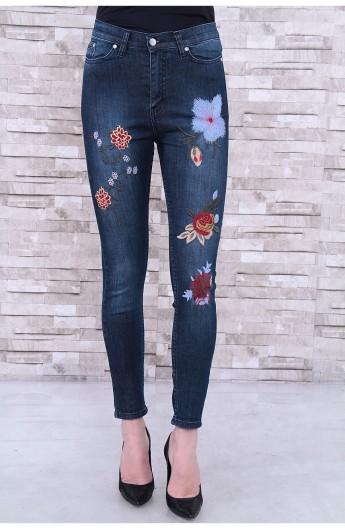 شلوار جین گل دار زنانه