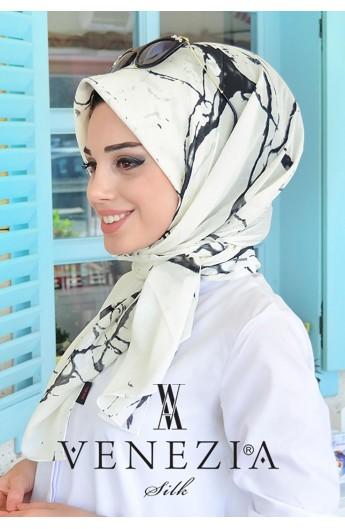روسری زنانه