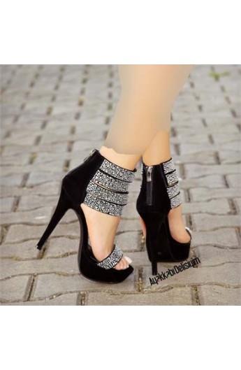 کفش نقره ای زنانه