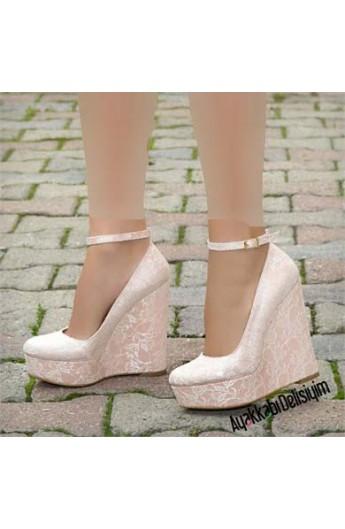 کفش لژدار طرحدار زنانه