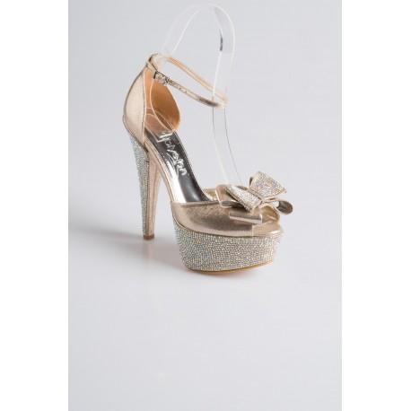 کفش پاشنه دار عروس