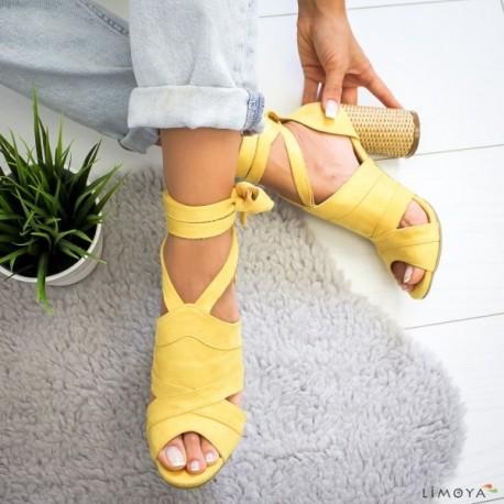 کفشپاشنه دار زنانه
