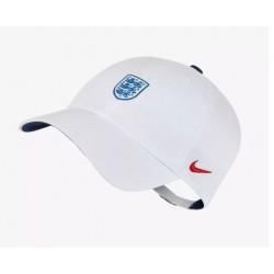 کلاه لبه دار
