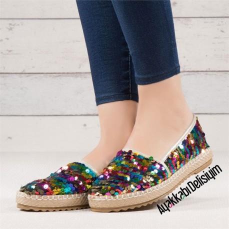 کفش اسپرت پولکی