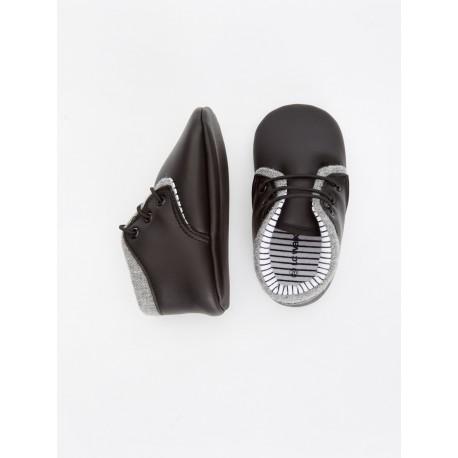 کفش خاص پسرانه