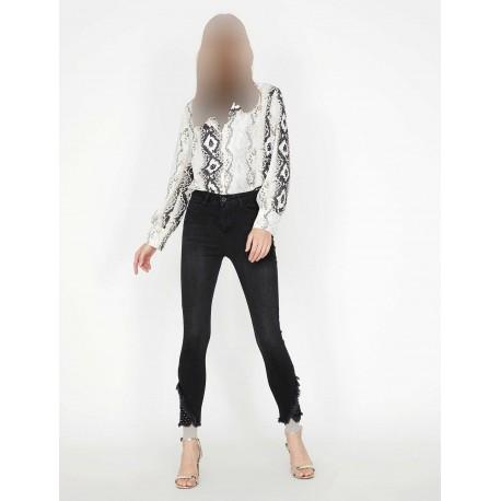 شلوار جین مشکی زنانه