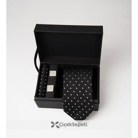 ست کراوات و دکمه سردست