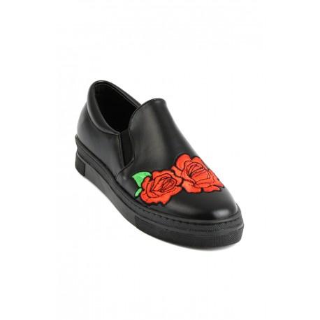 کفش اسپرت گلدار