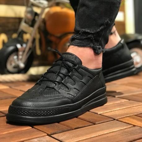 کفش سیاه مردانه