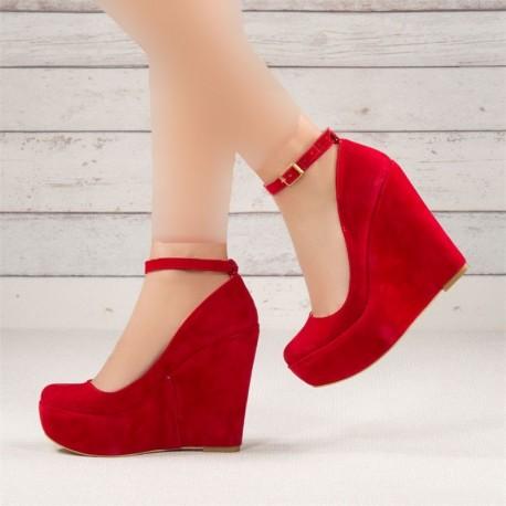 کفش زنانه قرمز