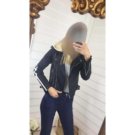 کت چرم زنانه