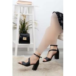 کفش پاشنه دار بندی