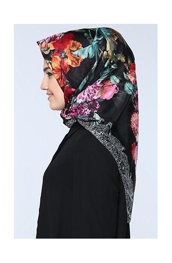 روسری طرح گل زنانه