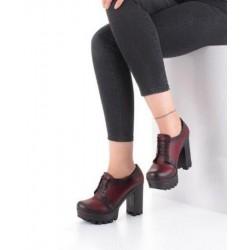 کفش پاشنه دار زناه