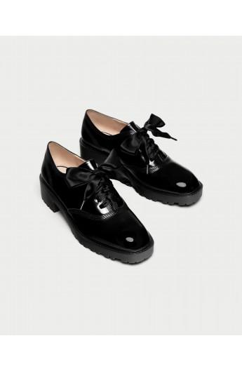کفش پاپیون دار زنانه