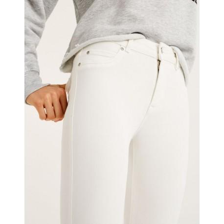 شلوار جین دکمه دار زنانه